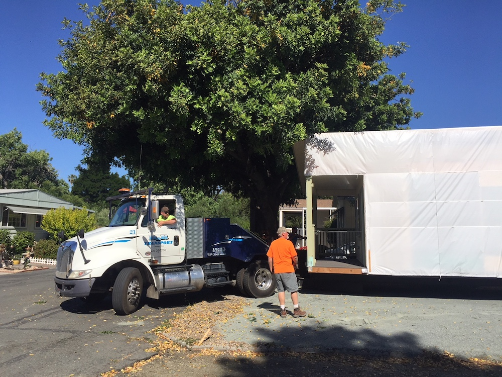 1444 Sq Ft House Being Hauled